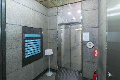 LMJSharingCenter 【貸会議室】3L会議室の入口の写真