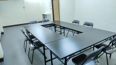 貸会議室の使用例 - レンタルスペース「カリン」 レンタルスペースカリンの室内の写真