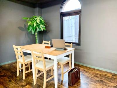 GOODTRIP コワーキングスペース 貸切利用の室内の写真