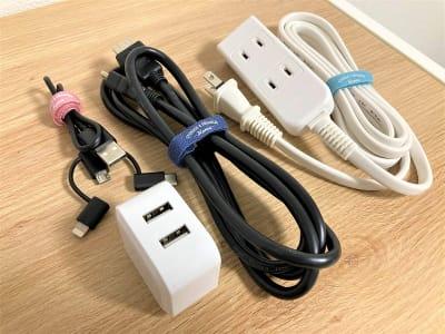 HDMIケーブル・3in1充電ケーブルなど - オフィスROSSO  大山店 ワークスペースの室内の写真