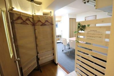 ロビー - おうちWorkSpace武蔵小杉 ワークスペースの室内の写真