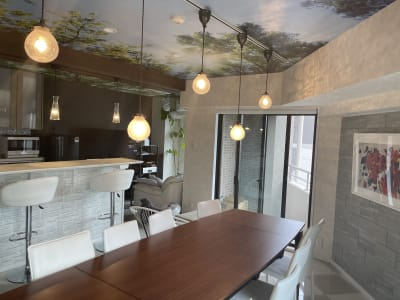 照明をスイッチで操作していただくことで、様々な雰囲気でご利用いただけます。 - 水天宮リバーサイドスタジオ キッチン付きレンタルスタジオの室内の写真