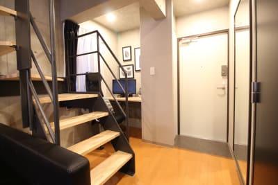 レンタルスペース-バロン神楽坂 パーティルーム401の入口の写真
