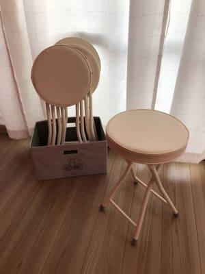 椅子x4をご用意しました - レンタルスタジオPiatto越谷 Piatto越谷駅前店の設備の写真