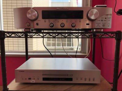 音響機器はUSB、CD、Wi-Fi経由での再生も可能です - レンタルスタジオPiatto越谷 Piatto越谷駅前店の設備の写真