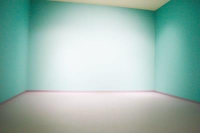 壁一色 - 真和スクエア S-Tube Studioの室内の写真