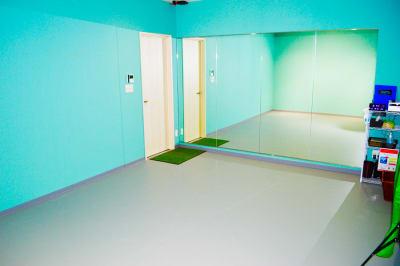少人数撮影特化型ダンススタジオ - 真和スクエア S-Tube Studioの室内の写真