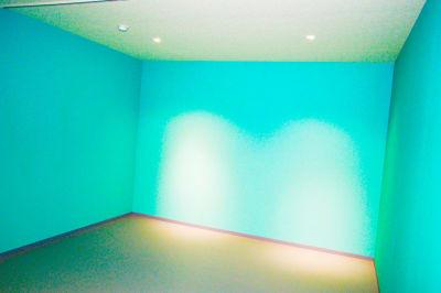 撮影壁(映えカラー) - 真和スクエア S-Tube Studioの室内の写真