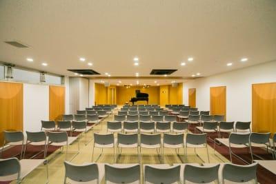 座席あり - ハーモニーホール ハーモニーホール(全日利用)の室内の写真