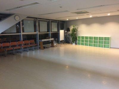 ダウンライト - テーマパークダンサーズスタジオ スタジオスマイルの室内の写真