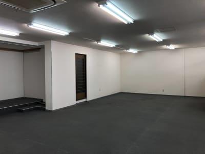 am Gallery OHTA 100㎡多目的オープンスペースの室内の写真