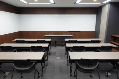 神田カンファレンス・ルーム セミナールーム5の室内の写真