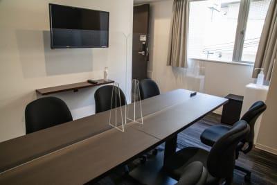 メルディアステイ二条城 会議室、レンタルスペース①の室内の写真