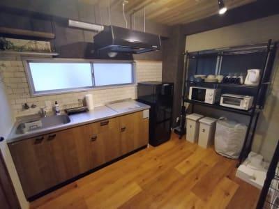 キッチン全体。 2口IHクッキングヒーターのシステムキッチン - simasima古馬場の室内の写真