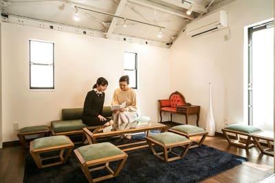 メインフロア2 - キッチン&オフィス 青山店 青山店の室内の写真