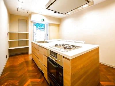 キッチン&オフィス 六本木店 六本木店の室内の写真