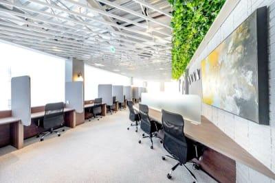 コワーキングスペース/ご利用前後にドロップイン利用も可能 - BIZcomfort溝の口 4名用会議室の室内の写真