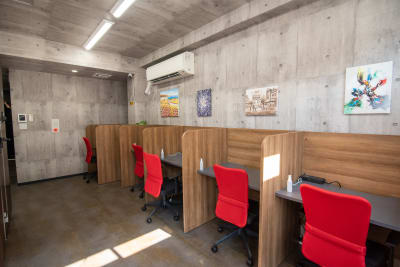 【ONLY ONE TIME】 オンリーワンタイムオフィスF5の室内の写真