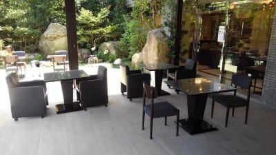 ホテル博多中洲イン ホテルの屋外テラス(屋根付き)の室内の写真