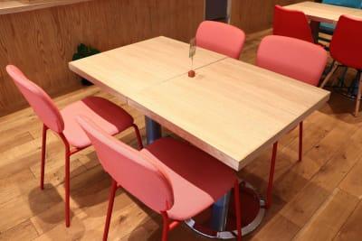 ハイタッチ カフェ貸切レンタルスペースの室内の写真