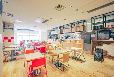 店内全体図 - ハイタッチ カフェ貸切レンタルスペースの室内の写真