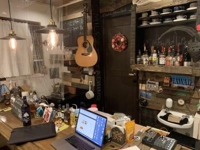 Aloha New York ミュージックバーの室内の写真