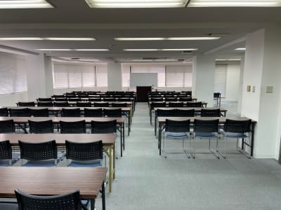 朝日ビル 5F 貸会議室の室内の写真