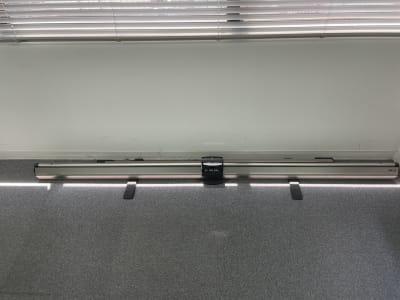 自立式スクリーン - 朝日ビル 5F 貸会議室の設備の写真