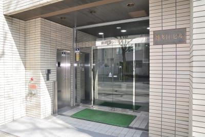 BIZ-POINT ICビル会議室の外観の写真