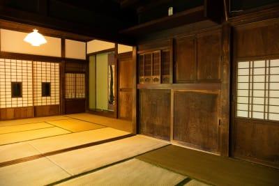 古民家asagoro 多目的スペースの室内の写真