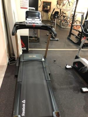 トレッドミル - Bike&Run トレーニングスペースの設備の写真