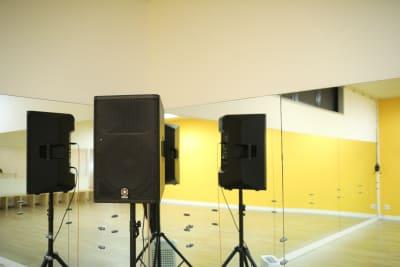 1000Wパワースピーカー完備 - wi-fi、更衣室、待合室完備の設備の写真