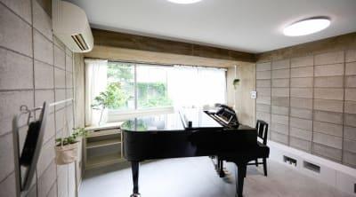 ArtStudio326 グランドピアノ完備スタジオの室内の写真