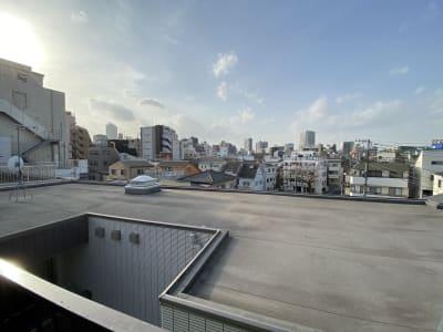 【4階】屋上 ※小屋には入れません 屋上からの風景 - スタジオ クリームソーダの室内の写真