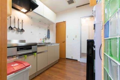 横浜関内Housebarの室内の写真