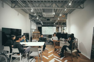 ダイニングスペース - ReHope うつぼ公園大阪 カフェ、ショールームの室内の写真