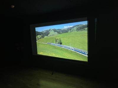 プロジェクター120inch - STUDIO ENOCH 多目的レンタルスタジオの室内の写真