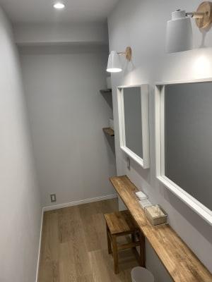 更衣室、パウダールーム - STUDIO ENOCH 多目的レンタルスタジオの設備の写真