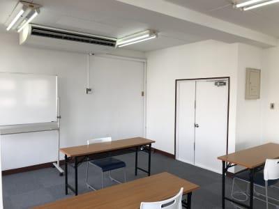 室内⑥ - ビジネススペース千種 4B会議室の室内の写真