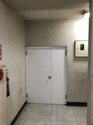 貸しスペース入口 - ビジネススペース千種 4B会議室の入口の写真