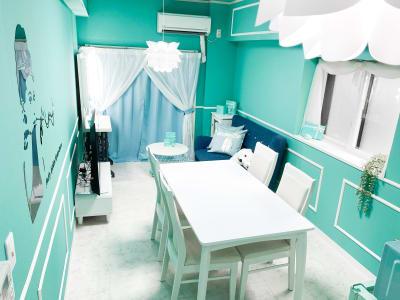 H.R.S.O 大須ティーブルー Heavenly 大須ブルーの室内の写真