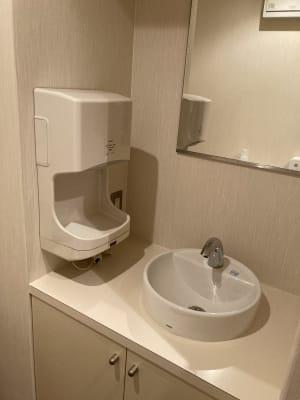 トイレの洗面 - 占いsalonテラの椅子 レンタル・スペース②の設備の写真