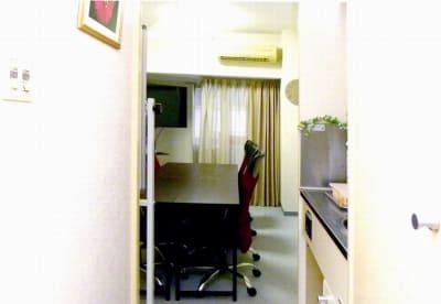 サンキュー会議室 池袋2 サンキュー会議室 池袋東口の室内の写真