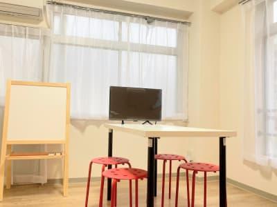 TVモニター、ホワイトボード&ブラックボード設置 - アーバンスペース雷門 雷門二 my roomの室内の写真