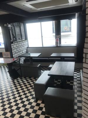 メインスペース2 椅子やテーブルも自由にお使い頂けます。 - アミューズメントスペース +Bの室内の写真