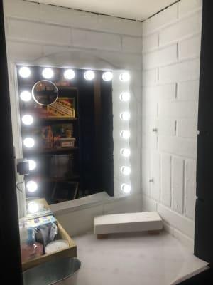 女優鏡 お化粧直しや、写真撮影などでお使いください! - アミューズメントスペース +Bの設備の写真