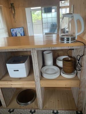 家電、食器揃っています - The DAY. 戸建貸切バーベキュースペースの室内の写真