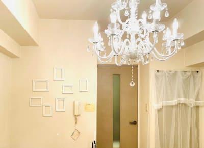 可愛いシャンデリア - NUMA部屋|梅田Berryの室内の写真