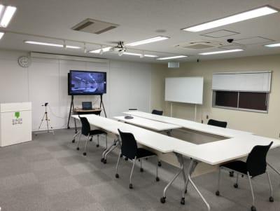 オンラインレイアウト① - 銀座ユニーク貸会議室 カンファレンスルームの室内の写真