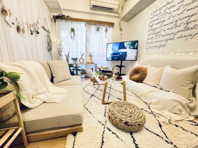 어서 오세요♡ 天王寺駅北口3分の超好立地に韓国風カフェBOHOインテリアのスペースが誕生しました✨ - SMILE+パラム天王寺 パーティスペースの室内の写真
